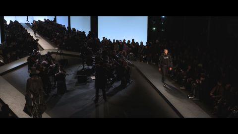 Video backstage sfilata Marcelo Burlon